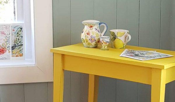 insta-gult bord